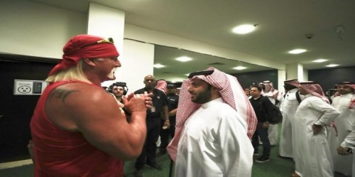 """استقبال أسطوري من الجمهور السعودي لهالك هوجان """"فيديو"""""""