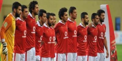 الأهلي المصري يطلب ارتداء شارات سوداء حداد على شهداء حادث المنيا