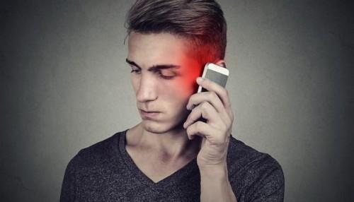 دراسة: هناك صلة وثيقة بين الهاتف المحمول والسرطان