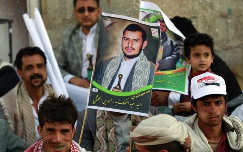 قائد عسكري يوضح حقيقة فرار زعيم الميليشيا الحوثية من مران