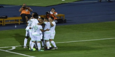 أهلي جدة يفوز على النصر بهدفين دون مقابل في كلاسيكو الكرة السعودية
