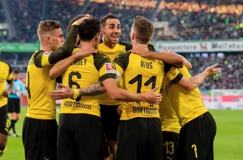 بروسيا دورتموند يخطف صدارة الدوري الألماني من بايرن ميونيخ