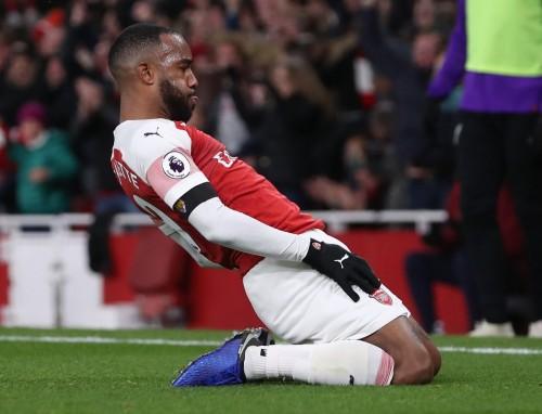 ليفربول يتصدر الدوري مؤقتاً بعد التعادل مع أرسنال 1-1