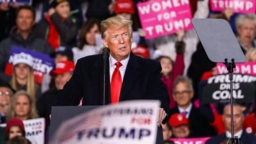 ترامب يتهم  الديمقراطيين بمحاولة هدم اقتصاد الولايات المتحدة