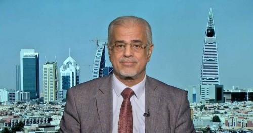 حسين لقور يوجه سؤالاً مُحرجًا لمليشيات الحوثي