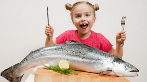 دراسة: تناول الأسماك مرتين أسبوعيا يحد من إصابة الأطفال بالربو