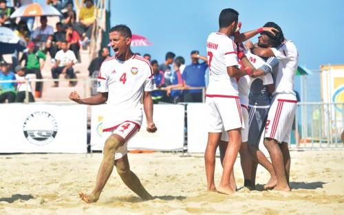 الإمارات تعمق من جراح إسبانيا في كأس القارات للكرة الشاطئية