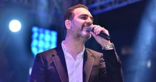 وائل جسار يصل القاهرة لإحياء حفلته بمهرجان الموسيقى العربية