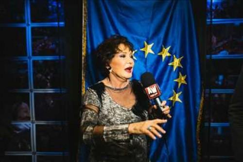 لبلبة أول الحضور في افتتاح الدورة الـ 11 لبانوراما الفيلم الأوروبي