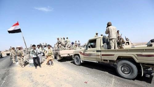 شاهد.. اشتباكات عنيفة بين ألوية العمالقة ومليشيا الحوثي بالقرب من مستشفى 22 مايو