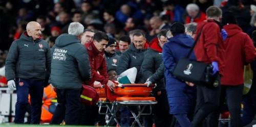 لاعب آرسنال يغيب حتى نهاية الموسم بسبب إصابة في القدم