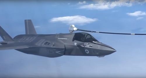 بالفيديو.. تعرف على الآلية الجديدة للتحالف لتزويد طائراته بالوقود جواً