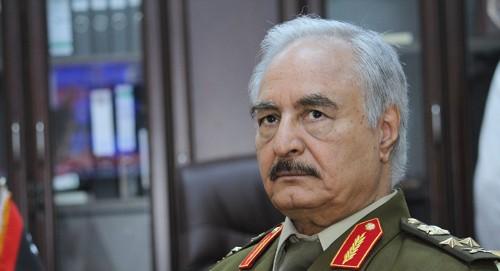 """رئيس الوزراء الإيطالي يصل إلى ليبيا للقاء """"حفتر"""""""
