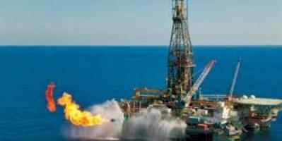 وزير الطاقة السعودي: سنخفض إمدادات النفط للأسواق العالمية