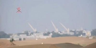 بالفيديو.. اقتراب قوات ألوية العمالقة من ميناء الحديدة