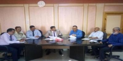 سالمين يحذر المتهربين من الضرائب والزكاة بمحافظة عدن