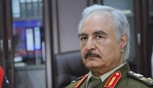 """قطر وتركيا.. السر وراء مقاطعة حفتر لمؤتمر """"باليرمو"""""""