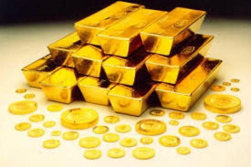بسبب انخفاض الدولار.. الذهب يرتفع 0.1%