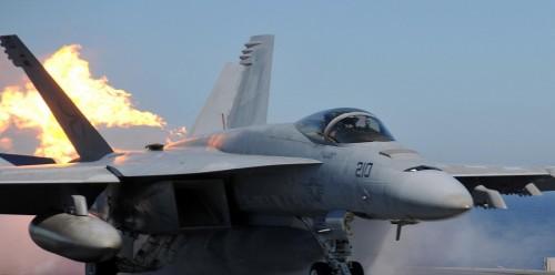 """سقوط طائرة حربية أمريكية في """"تكساس"""" ومصرع قائدها"""