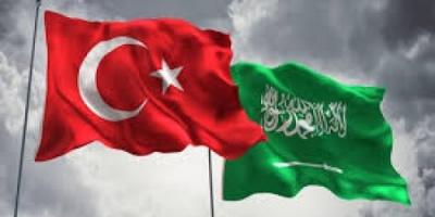 باحث سياسي مُهاجمًا تركيا: عادت مكسورة لاستمالة السعودية