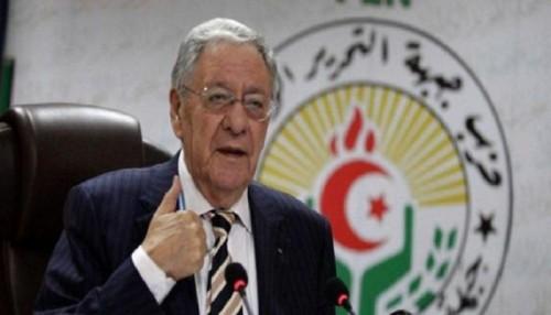 الإطاحة بأمين عام الحزب الحاكم في الجزائر