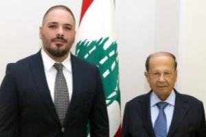 النجم رامي عياش يلتقي بالرئيس اللبناني ميشال عون بقصر بعبدا