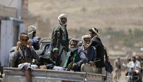 مليشيا الحوثي تواصل مداهمة منازل المواطنين بالحديدة