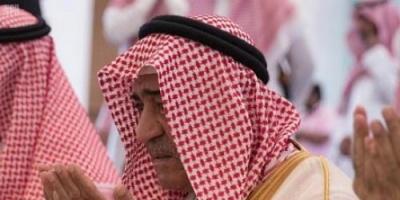 أمير سعودي يفتتح مسجداً فريداً باسم والدته اليمنية