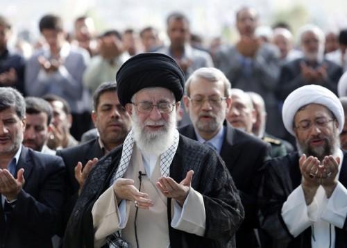 """كيف انتهى """"شهر العسل"""" بين عمائم إيران وشيعة العراق ؟"""