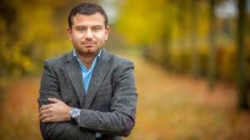 صحافي لبناني يُغرد عن أعداء السعودية.. ماذا قال؟