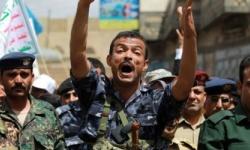 قصف وخطف واعتقالات رغم الهدنة..الحوثيون لا عهد لهم