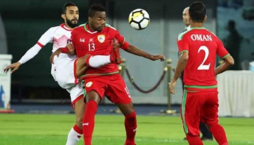 سلطنة عمان تفوز 2-1 على البحرين