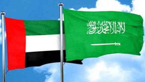 عبدالخالق عبدالله: الإمارات والسعودية قلبهم على اليمن