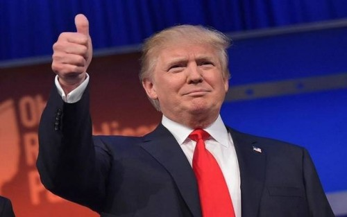 """""""ترامب"""" يشكر المملكة السعودية على تخفيض أسعار النفط"""