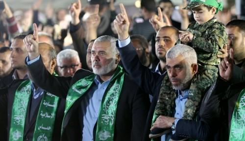 """كيف استغلت قطر وإيران """"حماس"""" في تجنيد حلفاء بالعراق ؟"""
