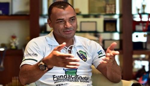 أسطورة البرازيل: هذا هو أفضل ظهير أيمن في العالم