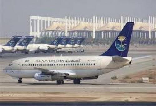 بسبب عاصفة رعدية..مطار جدة يعلق رحلاته