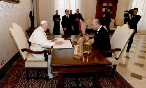 الرئيس العراقي  يشكر بابا الفاتيكان على حفاوة الاستقبال