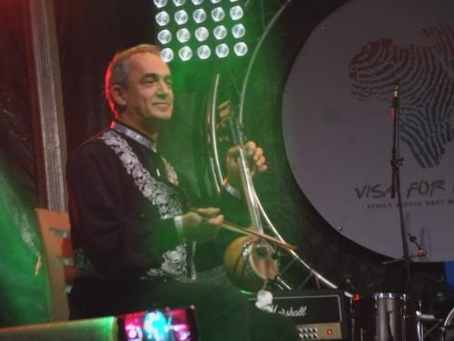 الموسيقار التركي سيركان أويار يشعل مسرح فيزا فور ميوزيك بالمغرب