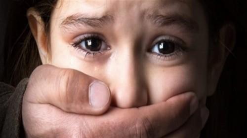مطاردة مثيرة تنقذ طفلة من الخطف