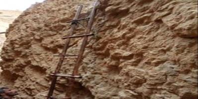 النخبة الشبوانية تداهم أوكارا لتنظيم القاعدة في الحوطة «شاهد»