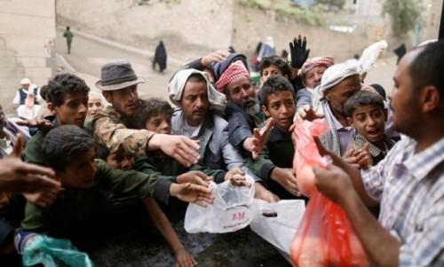 حقوقيون يكشفون عن أكبر عملية نهب للمساعدات الإنسانية بصنعاء