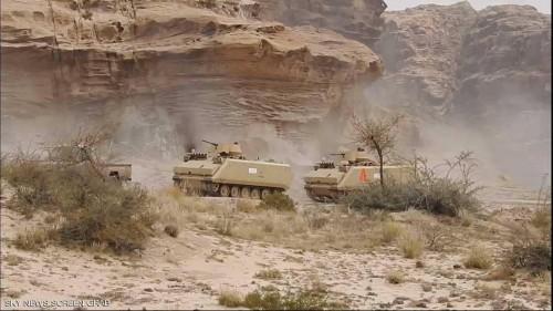 قائد عسكري: الجيش يقترب من قبر حسين الحوثي في منطقة مران