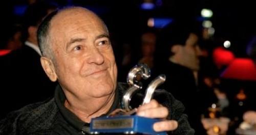 وفاة المخرج الإيطالي برناردو برتولوتشي عن عمر 77 عاما