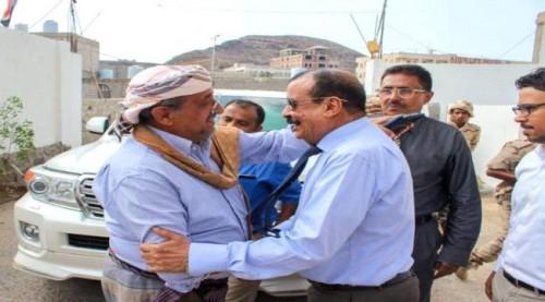 بن فريد يزور مقر الجمعية الوطنية ويلتقي قيادتها في عدن