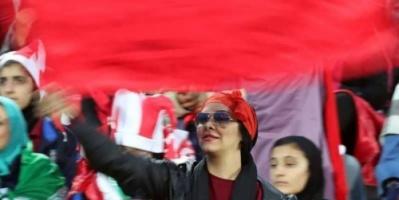 """""""فيفا"""" تحذر إيران من التمييز بين الجنسين في حضور المباريات"""