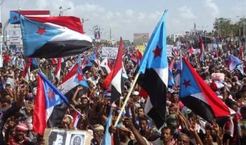 سياسي: قيادات القاعدة الأحمري يخططون لاجتياح الجنوب