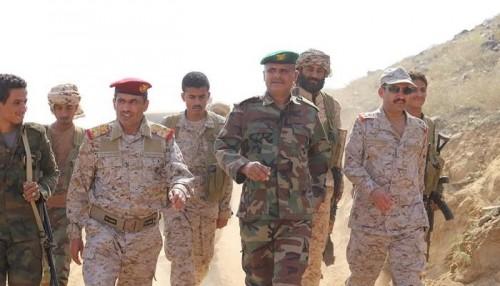 بعد دحر المليشيات.. قائد القوة 800 في جازان يتفقد جبهة حرض ( صور )