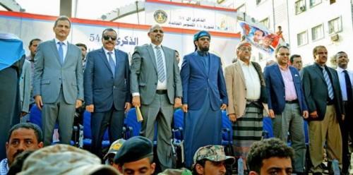 """مركز بريطاني: استبعاد """"الانتقالي"""" من محادثات السلام يشعل صراعات مستقبلية باليمن"""