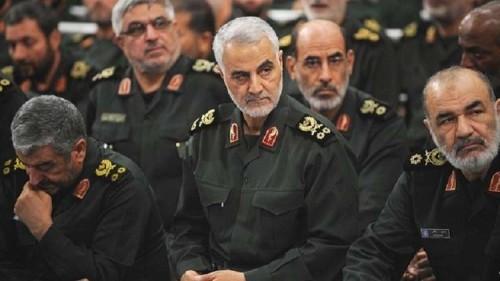 صحيفة تكشف.. إيران تستخدم فرق اغتيالات ضد منتقديها